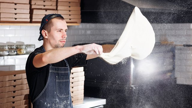 3 big pizza trends bring bigger pizza kitchen concerns