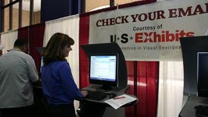 In addition to bringing samples of its digital display work, U.S. Exhibits sponsored kiosks where show attendees could check e-mail and check in for their flights home.