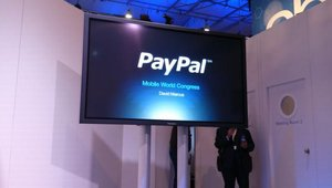 In its second year at Mobile World Congress, PayPal touted its cloud wallet and demoed its new EMV card reader.