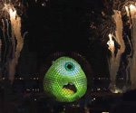 Disney World projection tech turns Epcot into Monsters U (Video)