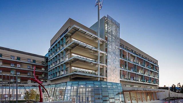 Stanford center West Coast's first LEED platinum children's hospital