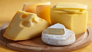 Commodities: Cheese, natural gas down