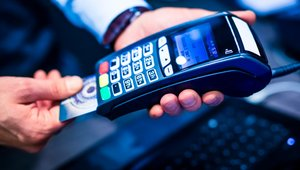 Blockchain, P2P pushed into mobile payments in 2015