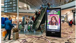 JCDecaux Singapore unveils selfie Absolut DOOH campaign