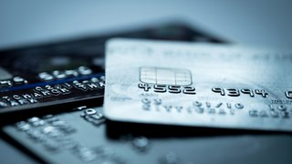 How card payments are failing the international mobile market