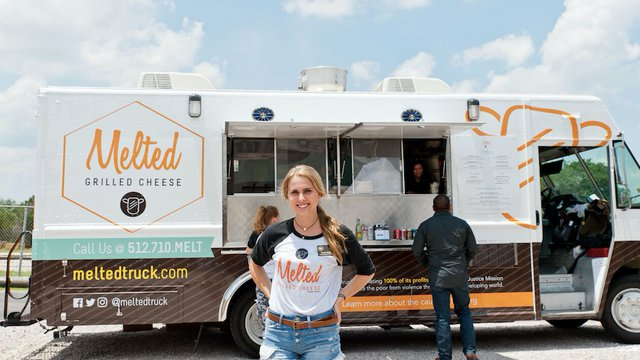 A mission to help leads a Texas family into mobile food