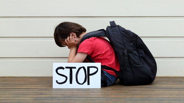 Digital signage kiosks fight bullying