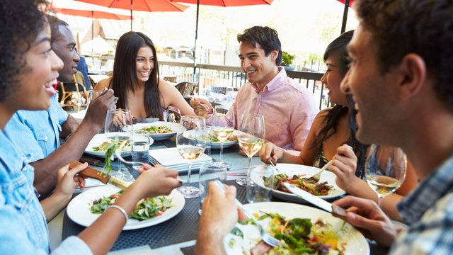 How outdoor seating can increase your revenues by 30%