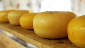 Cheese jumps more than 30 cents in a month