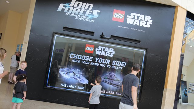 Lego Star Wars rolls out DOOH campaign
