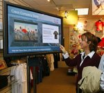 Surging digital signage market attracts interest of IT firms