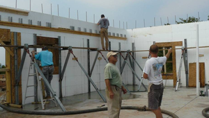 How to build an energy efficient home with a tight thermal envelope