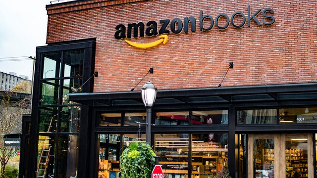 The offline and online worlds collide at Amazon's bookstores