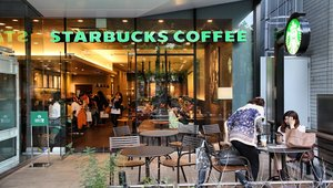Starbucks loyalty change brews anger, filters out value of experience