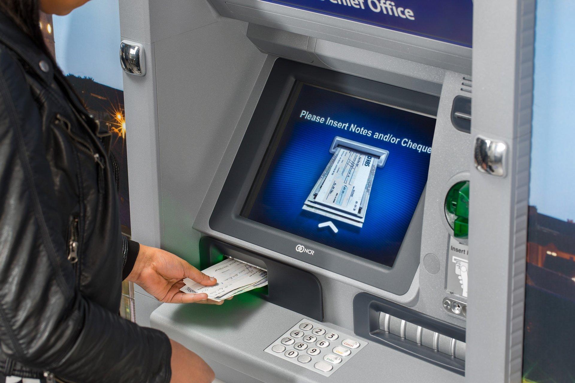 plus bank machine locations