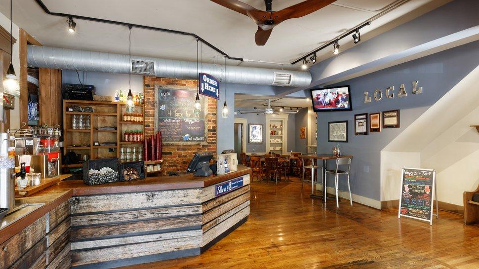 How fans create a comfortable more profitable restaurant