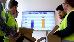 4 ways digital signage can make factories run like well-oiled machines