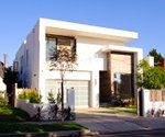 Hollywood luxury homebuilder delivers on his green vision
