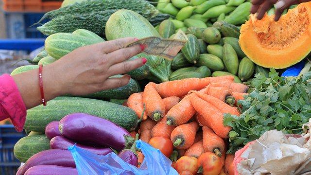 The 3 things India needs to go cashless