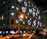 'Tis the season for digital signage at Saks Fifth Avenue