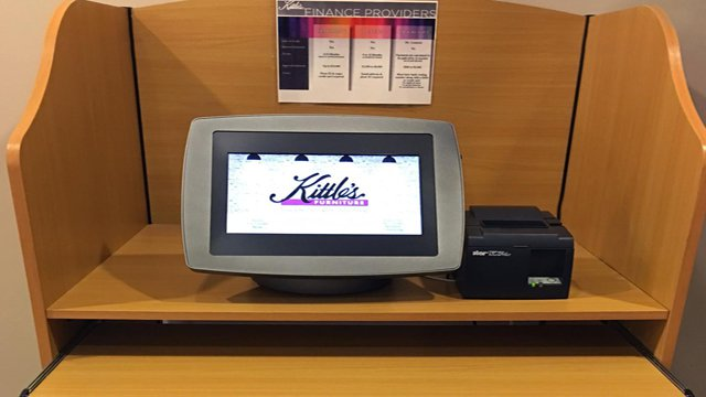 Technology Management Image: Credit Application Kiosks Boost Sales, Customer Experience