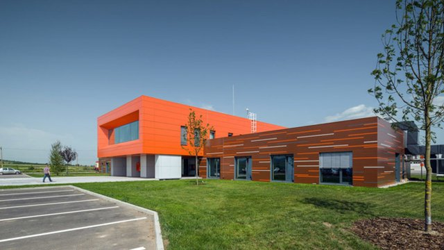 Green-roofed office first large-scale CLT structure in southeast Europe