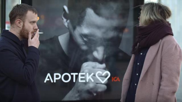 Anti-smoking digital signage sparks controversy