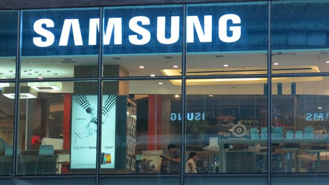 It's official: Samsung Pay is real