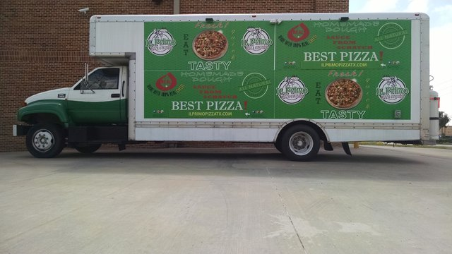 Food truck boosts sales for Texas pizza and wings restaurant