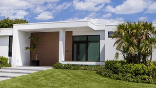 Pre Fab LEED Certifiable Homes Built to Weather Florida Hurricanes