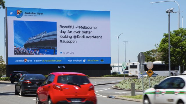 Digital signage taking Twitter and the Australian Open to the streets
