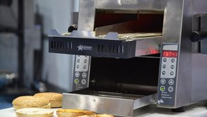 <p>Star Manufacturing, Holman Impingement Conveyor Toaster.</p>