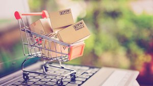 How to drive retail store traffic with personalization, loyalty strategies