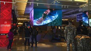 Under Armour boosts customer experience with digital signage in new Chicago store