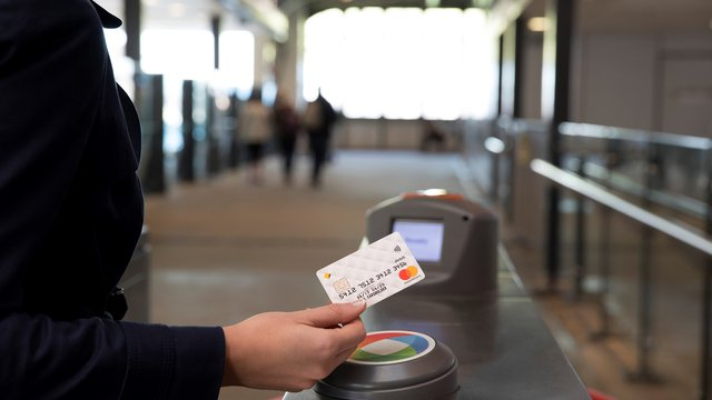 Public transit systems look to drive down costs, boost ridership with contactless fares