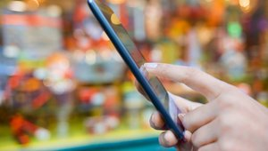 Mobile online retail payments in focus