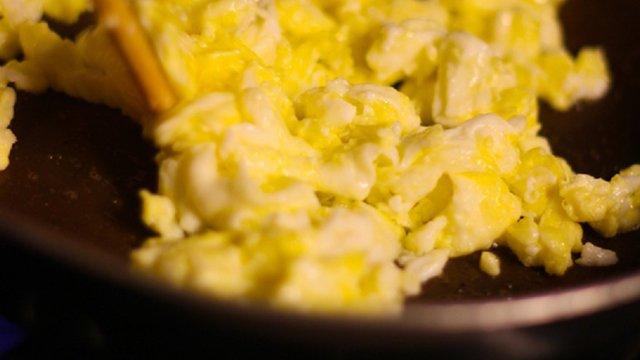 Taco Bell TV spot puts breakfast on front burner