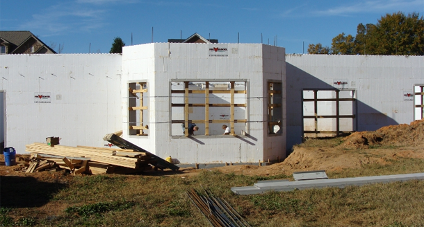 How to build a green home using insulated concrete forms for Insulated block construction