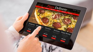 Can delivery, online ordering save Pie Five?