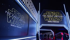 'Star Wars: The Force Awakens' to digital signage on the red carpet