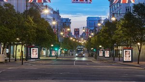 JCDecaux completes synchronization of Oxford Street's digital bus shelter screens