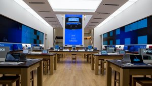 Microsoft retail flagship opens doors in NY