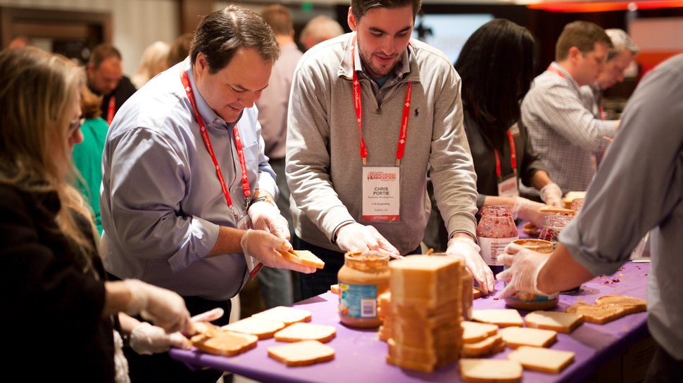 Which Wich CEO, Summit attendees make 10,000 PB&Js for Dallas homeless