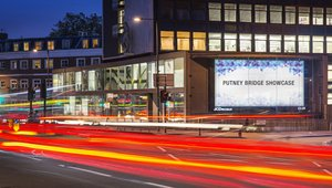 JCDecaux expands digital signage in London