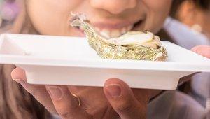 Carolinas' Shuckin' Shack finds recycling shells sells