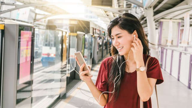Chinese economic headwinds raise questions about mobile payment growth