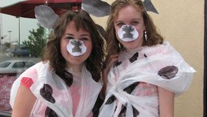 Other customers displayed their creative side. These customers started with white plastic trash bags and drew on black cow spots. They completed the costume with paper ears and a nose.