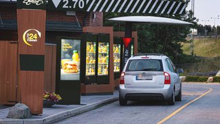 McDonald's delivers digital signage at the drive thru
