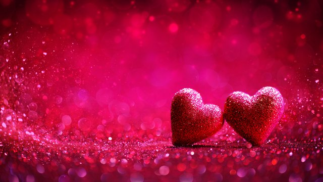 Easy ways digital signage can light up Valentine's Day for retailers