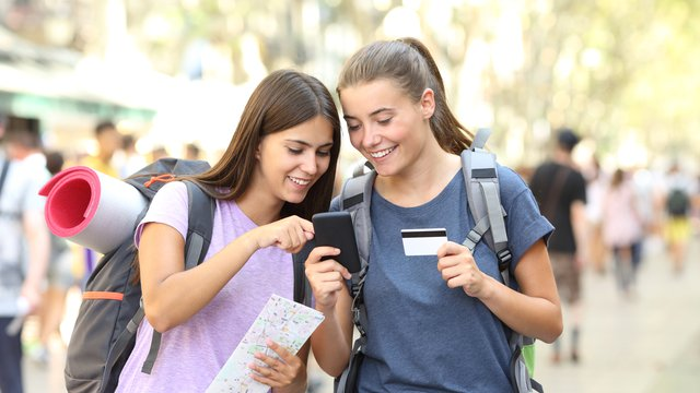 Fintechs, banks target Gen Z consumers with mobile apps, financial education